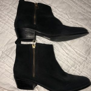 Black Steve Madden Booties with Gold Zippers